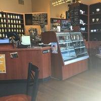Photo taken at Tea Zone & Camellia Lounge by Elisangela J. on 7/2/2016