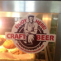 Photo taken at Camilles Sidewalk Cafe by Noel D. on 4/4/2013