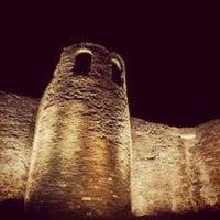 Foto tirada no(a) Muralla Romana por Irene P. em 12/27/2012