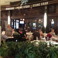 Photo prise au Joe's Seafood, Prime Steak & Stone Crab par Patrick H. le4/15/2012