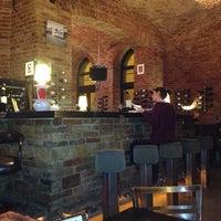 Das Foto wurde bei Doblo Wine & Bar von ⛵️Chris⛵️ G. am 1/12/2013 aufgenommen