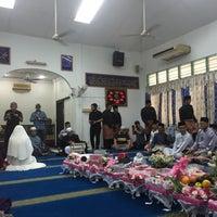 Photo taken at Surau Al-Abrar by Farhani R. on 5/30/2015