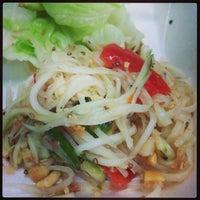 รูปภาพถ่ายที่ Thai Spice Kitchen โดย Ujena เมื่อ 11/4/2013