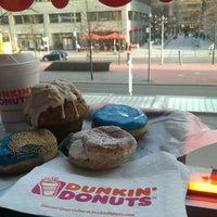 Foto scattata a Dunkin' Donuts da Kevin il 4/20/2013