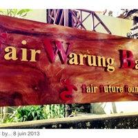 Photo taken at Fair Warung Balé by Fair Future Foundation S. on 7/1/2013