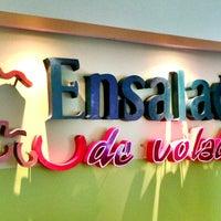 Photo taken at Ensalada de Volada by Alan R. on 6/17/2013