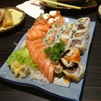 Foto diambil di Shinkai Sushi oleh Lizzie S. pada 3/25/2013