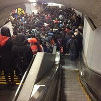 Foto tomada en Metro Vicente Valdés por Rocio R. el 5/3/2013