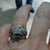 Photo taken at Zales Jewelers by Donna D. on 11/17/2012