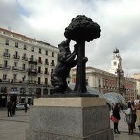 Foto tomada en Puerta del Sol por Mery el 4/10/2013