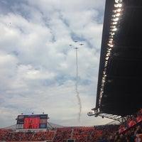 รูปภาพถ่ายที่ BBVA Compass Stadium โดย April G. เมื่อ 11/9/2013