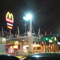 Photo taken at McDonald's by Darwin G. on 1/28/2013