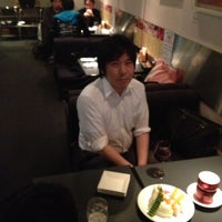 Photo taken at カフェダイニング・クロノ by Mikio M. on 5/2/2013