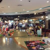 Photo taken at Idea Market by Owie M. on 10/9/2015