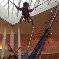 1/27/2013にMin Jung K.がMeridian Mallで撮った写真