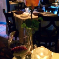 Photo taken at Avanti Ristorante by Kevin L. on 8/23/2014
