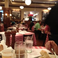 Photo taken at Maggiano's Little Italy by Juanita G. on 7/14/2013
