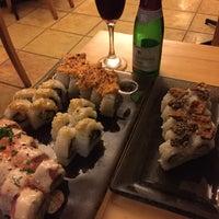 Foto tomada en Ibuki Sushi Bar por Carlos N. el 3/29/2015