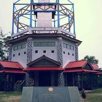 Photo taken at Tugu Katulistiwa (Equator) by ceester_21 on 2/21/2013