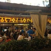 Foto tomada en Cafe Cadde por Ahu K. el 8/16/2013