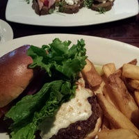 Photo taken at Garrison's Broiler And Tap by Jeannette kyungmin K. on 8/29/2013