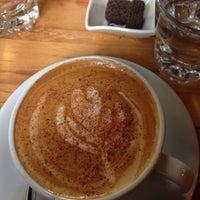 2/21/2016 tarihinde Seda G.ziyaretçi tarafından Tribu Caffe Artigiano'de çekilen fotoğraf