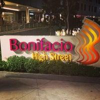 Photo taken at Bonifacio High Street by Andrew Dumuk A. on 3/16/2013