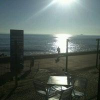 Foto tirada no(a) Terrace Oeiras por Hugo Silva C. em 12/10/2012