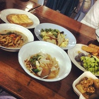 Photo taken at วัดเขาสมโภชน์ by Naphat P. on 12/15/2013