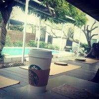 10/15/2012にfumiccoがStarbucks Coffee 鎌倉御成町店で撮った写真