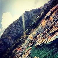 Foto scattata a Isola di Capri da Eli C. il 10/3/2012