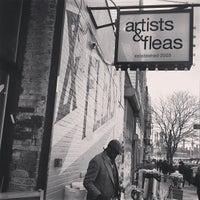 Foto tomada en Artist & Fleas por Kirsten A. el 4/15/2013