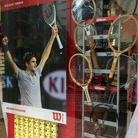 7/19/2014にnakkieがウィンザーラケットショップ 渋谷店で撮った写真