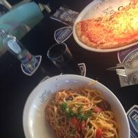 Photo taken at Pizzeria & Grillroom Milan by Galatali Genc on 7/22/2016
