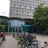 Photo taken at Amerika-Gedenkbibliothek (AGB) by Valeriy V. on 5/13/2017