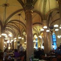 Photo prise au Café Central par Владимир К. le7/13/2013