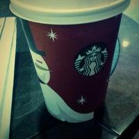 1/8/2013 tarihinde Kalbinur A.ziyaretçi tarafından Starbucks'de çekilen fotoğraf