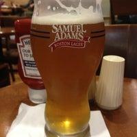 Foto diambil di Samuel Adams Atlanta Brew House oleh Rafael T. pada 10/27/2012