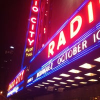 Photo prise au Radio City Music Hall par gerard d. le4/14/2013
