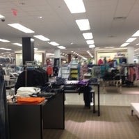 Photo taken at Macy's by Ferny D. on 4/16/2013