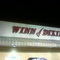 Photo taken at Winn-Dixie by Roger Glen M. on 12/29/2012