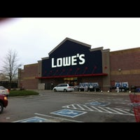 Photo taken at Lowe's Home Improvement by Dianne Cox L. on 12/1/2016