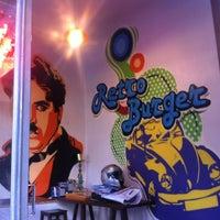 10/18/2012 tarihinde Emre S.ziyaretçi tarafından Retro Burger'de çekilen fotoğraf
