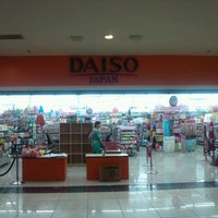 Photo taken at Daiso by Aki H. on 5/2/2013