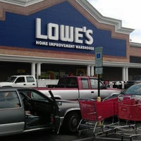 Photo taken at Lowe's Home Improvement by LaMont'e B. on 6/1/2012