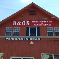 Photo taken at R & O's Pizza Restaurant by Izzy G. on 5/18/2013