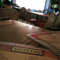Photo taken at Sizzlers by Hilbert L. on 8/11/2015