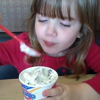 Photo taken at Dairy Queen by Carolyn B. on 9/25/2012