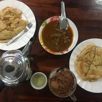 Photo taken at Roti Faridah by Saranya R. on 8/29/2017