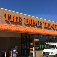 Photo taken at The Home Depot by dOn luzecky™ .. on 4/26/2017